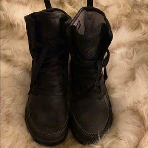 Reebok Easy Tone boots